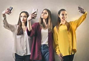 Ναρκισσισμός και Selfies