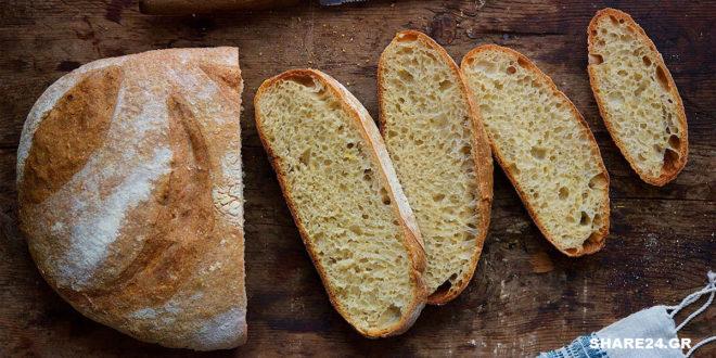 Πώς να Φτιάξετε Χωριάτικο Ψωμί με Προζύμι: το μυστικό για ένα τέλειο, σπιτικό και ζεστό ψωμάκι!