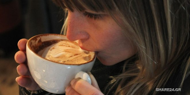 Πώς να απομακρύνετε τη μυρωδιά του καφέ από την αναπνοή σας! Είναι πιο εύκολο από όσο νομίζετε!
